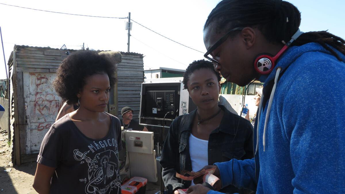 WYWL Khayalitsha Sakhumzi Mati (2nd unit dirtector) with Petronelle tshuma (Asanda) and Thishiwe Zuqubu (Shado)